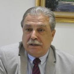 Dr. Roberto Fernández de Castro T.